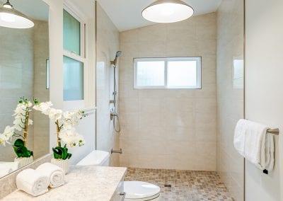 ModernADU - Accessible Bath