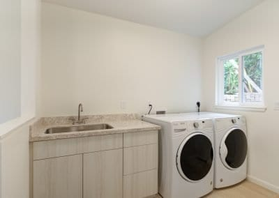 Executive Home - Laundry